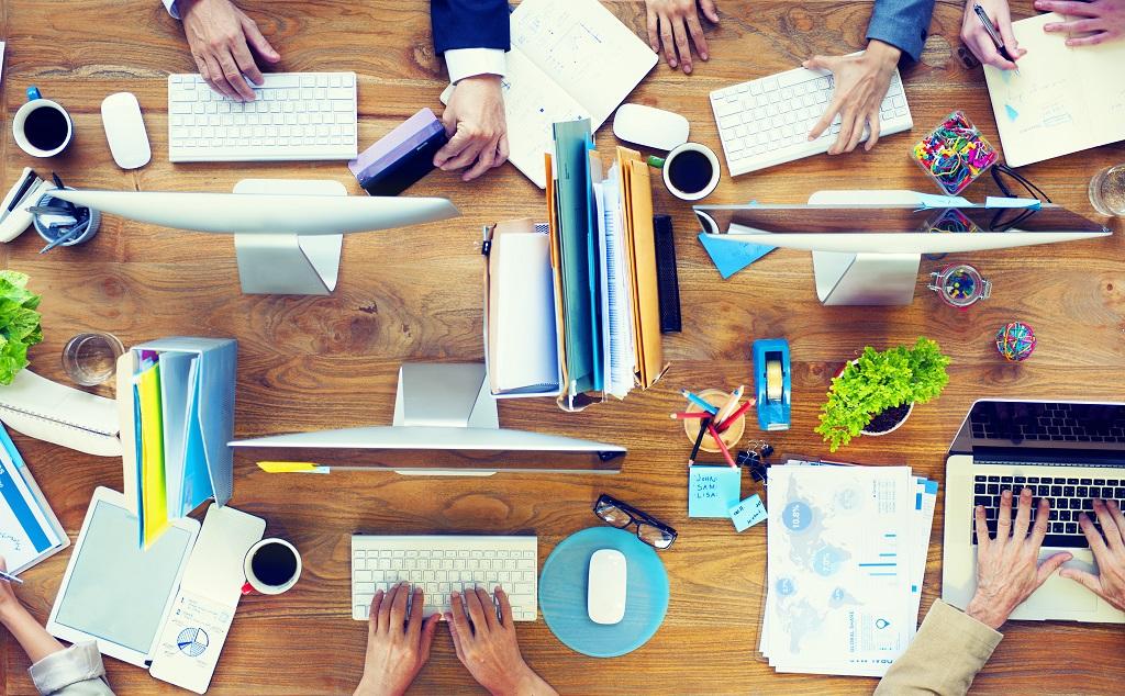 8c9990a425 escritorio-startup - Startupi